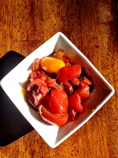 Marinated Tomatoes | howsyourlovelife